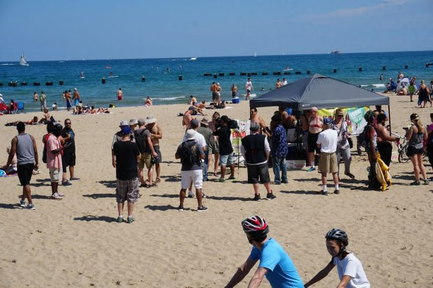 chicago-topless-beach-protest-2016-b