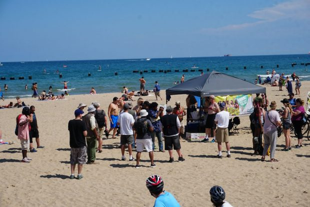 chicago-topless-beach-protest-2016-c